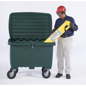 Ultra-Forest Green Utility Box w/ 8 In Pneumatic Wheels - Item #SK0866